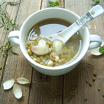 秋日滋阴润肺美糖水-百合绿豆汤