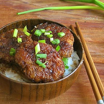 酱香煎猪排盖饭