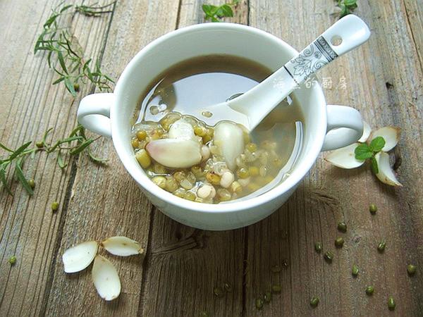 秋日滋阴润肺美糖水-百合绿豆汤的做法