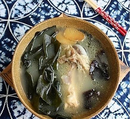 海带木耳骨头汤-美丽厨娘的做法