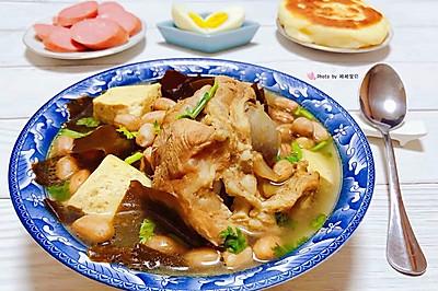 花生海带豆腐猪骨汤