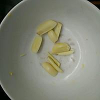米饭杀手~酸豆角炒粉丝的做法图解1