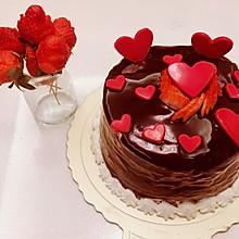 草莓夹心巧克力淋面蛋糕+草莓玫瑰花的生日祝福