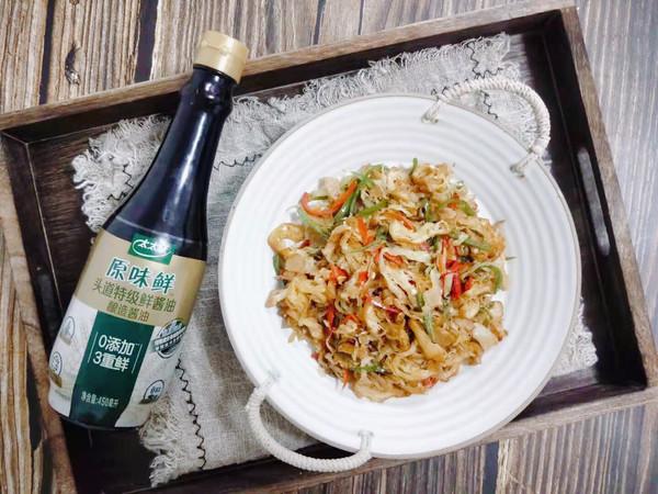 圆白菜炒油条 鲜香好吃消耗剩油条