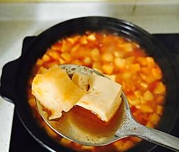 龙利鱼豆腐煲的做法