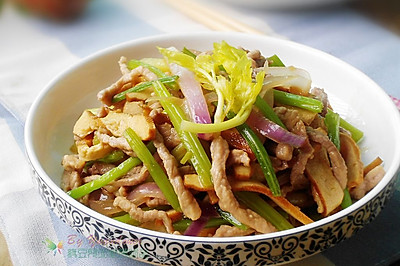 瘦肉炒三丝