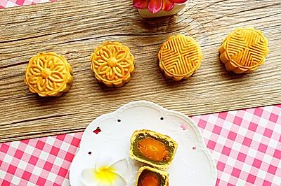 做盘月饼迎中秋——广式翡翠莲蓉蛋黄月饼