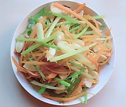 百合芹菜-夏日爽口小菜的做法