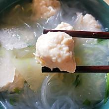 水汆鸡胸肉冬瓜粉丝丸子汤