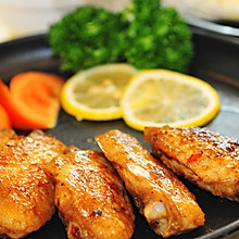 鲜嫩多汁烤鸡翅