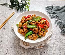 青红椒炒肥肠的做法