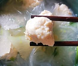 水汆鸡胸肉冬瓜粉丝丸子汤的做法