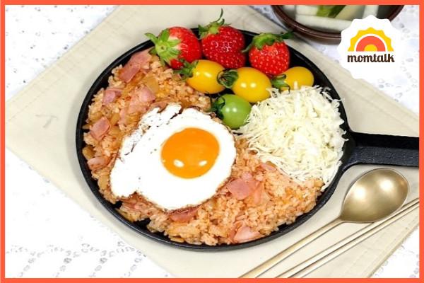 【韩式培根泡菜炒饭】的做法