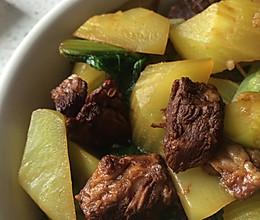 莴笋(青笋)炖肉的做法