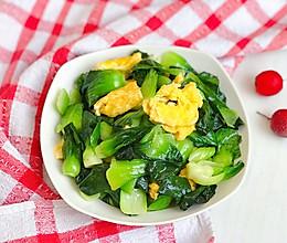 油菜炒鸡蛋的做法