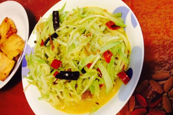 泡椒炒洋瓜丝的做法