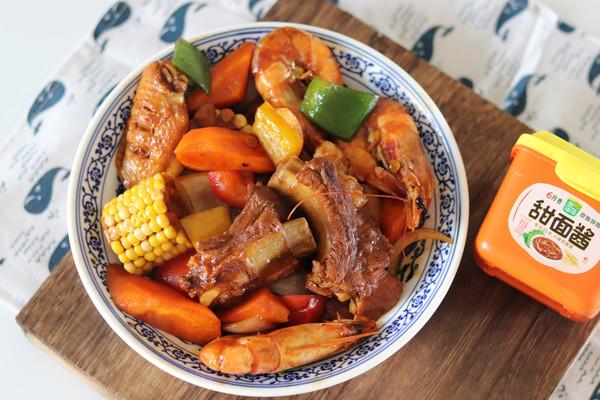 灵魂下饭菜排骨鸡翅鲜虾煲的做法
