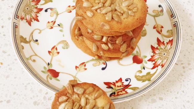 蛋白瓜子饼的做法