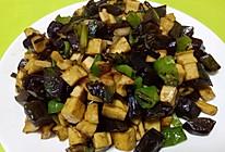 乐乐自家菜--酱黄瓜炒豆腐干的做法