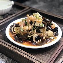 #花10分钟,做一道菜!#凉拌木耳洋葱