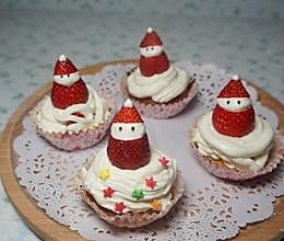 草莓圣诞老人杯子蛋糕的做法