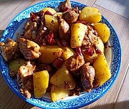 香辣土豆鸡腿肉的做法