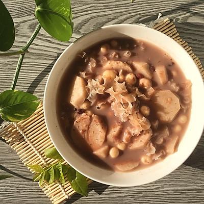 【奶香红豆银耳鸡头米芋头羹】超级营养超级好吃电饭煲版