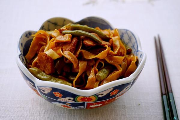新疆豆角焖面的做法
