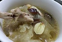 银耳莲子鸡汤的做法