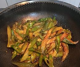 素食 青椒茄子 不用油炸一样能做出糯香口感的做法