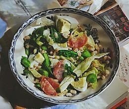 营养都在这一碗 糙米减肥沙拉的做法