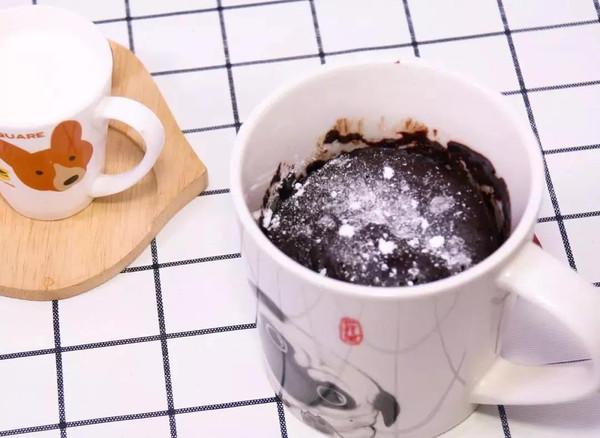 夏天和甜蜜蜜的巧克力蛋糕更配哦