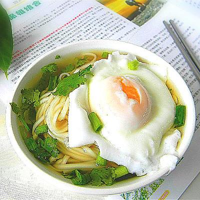 高汤鸡蛋面