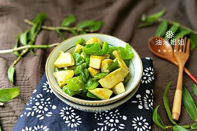 青椒炒素鸡(最美最瘦身家常菜)