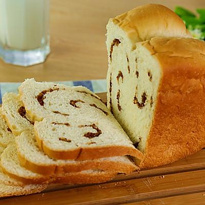红枣炼奶吐司的做法(面包机版)