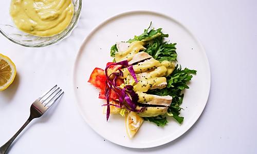 香甜牛油果酱鸡胸沙拉#春天不减肥,夏天肉堆堆#的做法