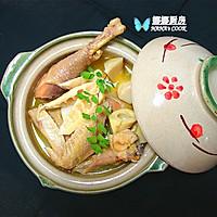 竹笋土鸡煲