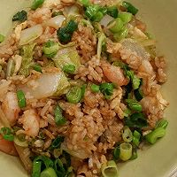 十分钟美味虾仁蔬菜蛋炒饭的做法图解2