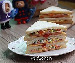 火腿杂蔬三文治#急速早餐#的做法