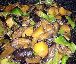 东北炖-土豆茄子大尖椒的做法