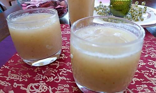 百合红枣浓汤的做法