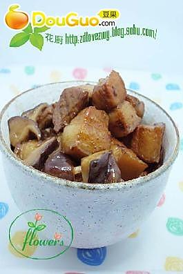 荤素搭配的美味 无油香菇红烧肉的做法