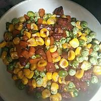 豌豆玉米炒腊肠的做法图解7