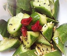 夏日清爽零脂肪小吃—凉拌黄瓜的做法