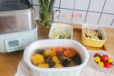 12个月以上玉米鸡汤+杂粮香肠鸡蛋饭+葱油白菜一锅三菜