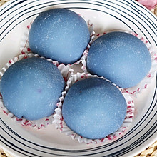 蓝色小甜品~雾霾蓝火龙果雪媚娘❗️超级简单好吃