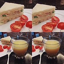 早餐:吞拿魚三明治