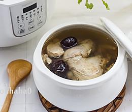 西洋参红枣鸡汤的做法