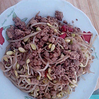 黄豆芽炒肉末
