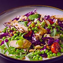 紫甘蓝青豆鸡肉沙拉